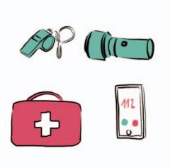 Gwizdek, latarka, apteczka i telefon wyświetlający na ekranie numer alarmowy.