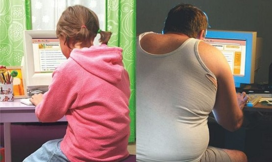 Obrazek podzielony na dwie części. Po lewej dziewczynka przed komputerem. Po prawej dorosły mężczyzna przed komputerem.